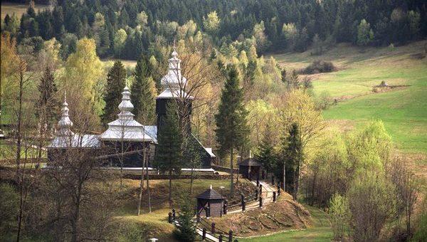 Śladami łemkowskich cerkwi – Maj 2003 r.