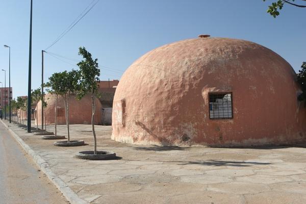 El Aaiun (Laayoune) - okrągłe domy.