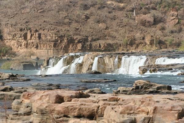 Wodospady na rzece Senegal.
